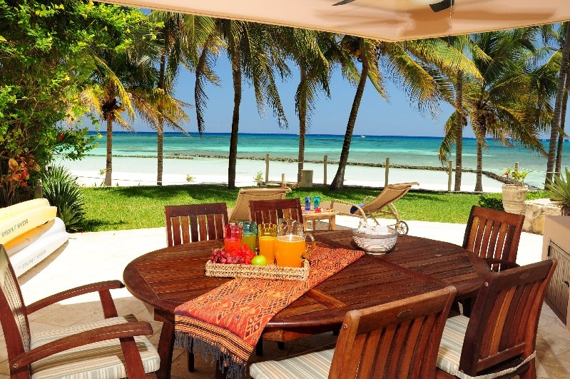 Beach private terrace